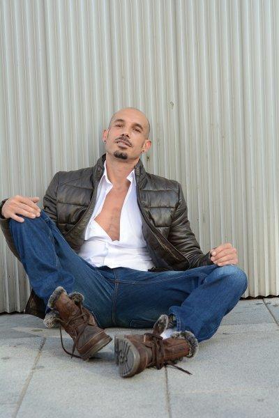 Foto 1 de mario10 SexChapero.com