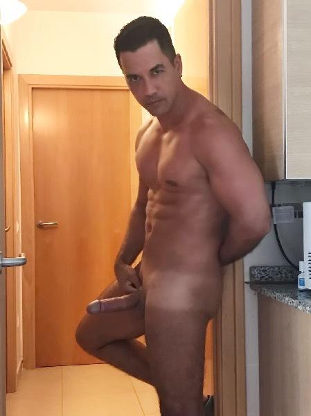 Sexchapero.com | Cesar Escort Bisexual en Reus, Tarragona, telechaperos
