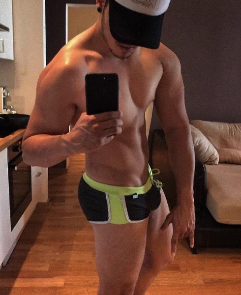 escort gay tenerife chicos musculosos